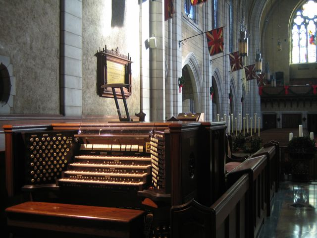 Console of the 7,000-pipe Casavant organ, built in 1931, as seen from the player's perspective.